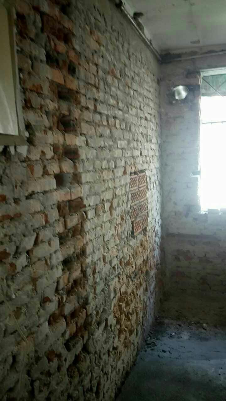 拆改砌墙施工中