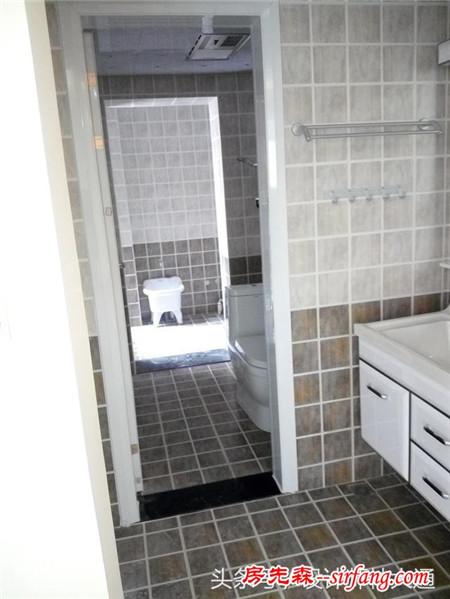 卫生间的墙砖是正铺好,还是斜铺好,像我家就错太多了
