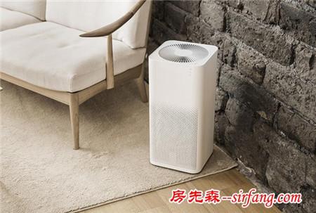 只有一台空气净化器,放客厅还是卧室?