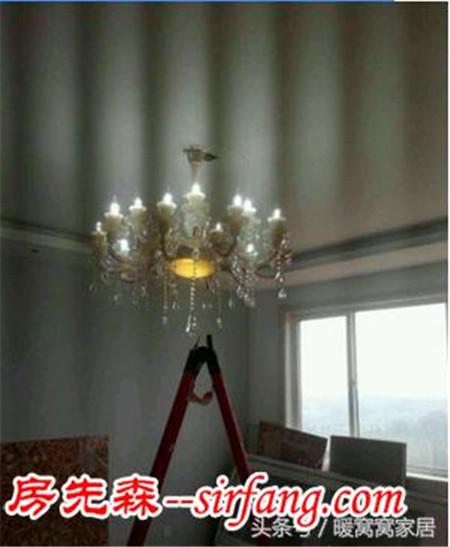客厅安装的吊灯花了3万4,都打到我老公的头了你们看值