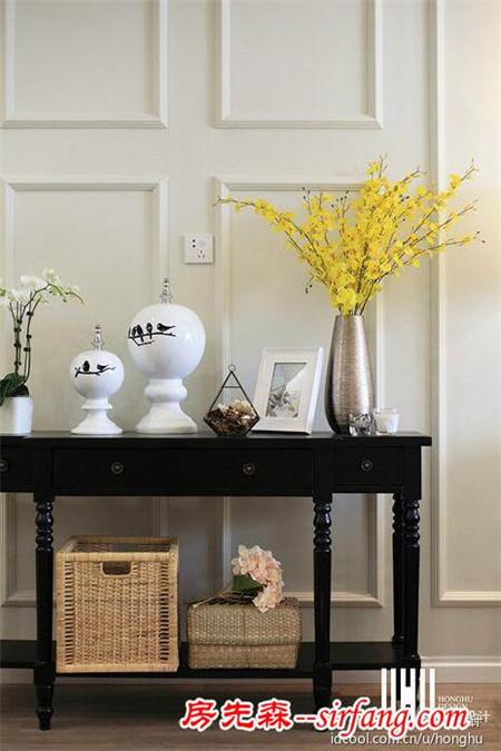 仿实木的纹理、清新的布艺沙发,这样的美式家使生如夏花