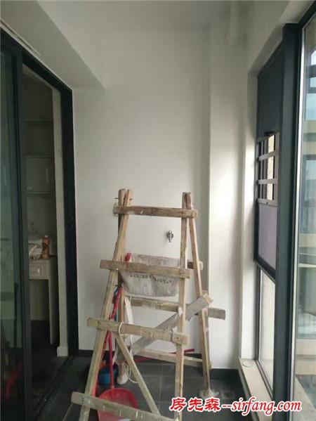 空间太小可以把墙面用起来
