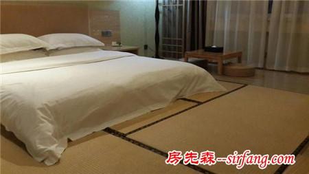 房间地面不放床,就一个垫子搞定