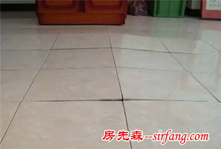 刚入住的房子瓷砖空鼓的厉害,谁为掉砖负责呢?