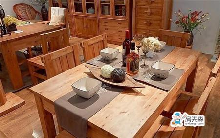 购买实木餐桌我们需要注意哪些?
