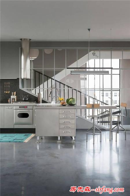 谁成想家里没有铺砖铺地板,只是简单的水泥地竟美成这样!