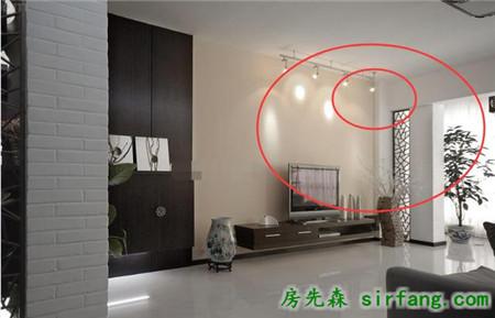 电视背景墙上面要不要做灯带或是装射灯?