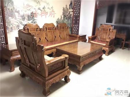 摆上红木家具,家中顿时增色不少