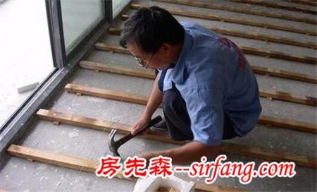 露台上是铺木地板最好,我家露台贴瓷砖后悔了