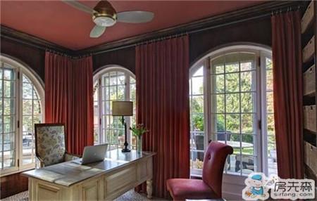 欧式客厅窗帘搭配技巧 与风格相呼应很重要