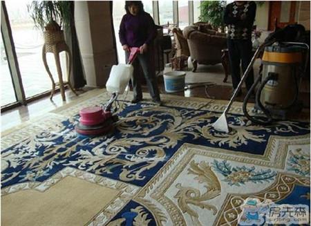 地毯清洗保养如何进行 日常保洁尤为重要