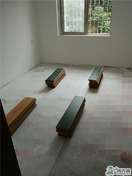 全室铺木地板是家装中最省钱的做法