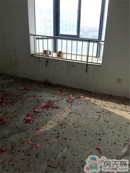 重装旧房子,露台又大又宽敞