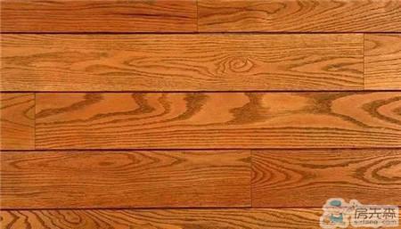 实木地板VS强化地板
