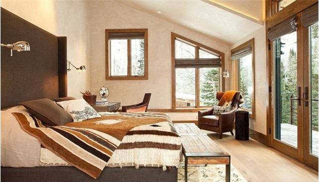 【房先森装修学院】家用地毯怎么清洗?装一网分享地毯清洗小技巧
