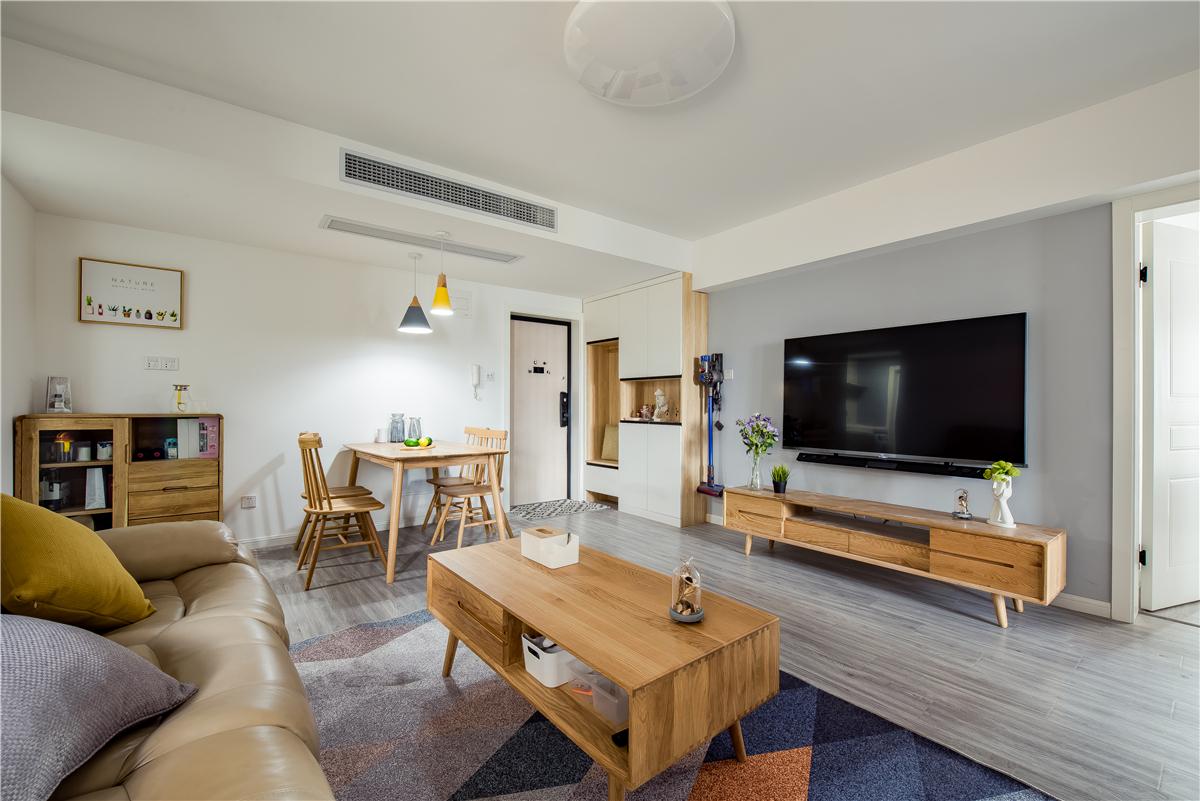 83平北欧风两居室,从简安生,素净悲喜二居室