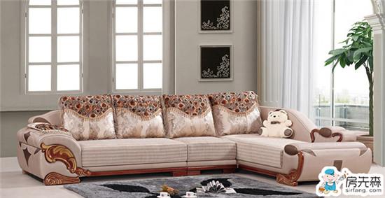 到底布沙发好还是木沙发好?几个方面来比较