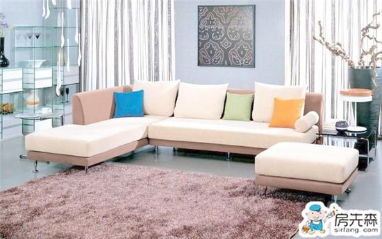 布艺沙发清洁技巧 让你的沙发焕然一新