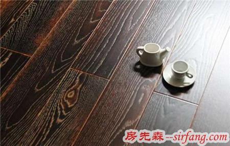 新房装修用复合地板铺,本以为捡到大便宜,谁知地暖一开全毁了!