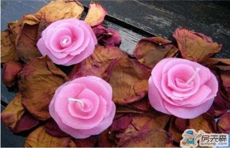 DIY玫瑰蜡烛  给爱人极具浪漫的美丽吧