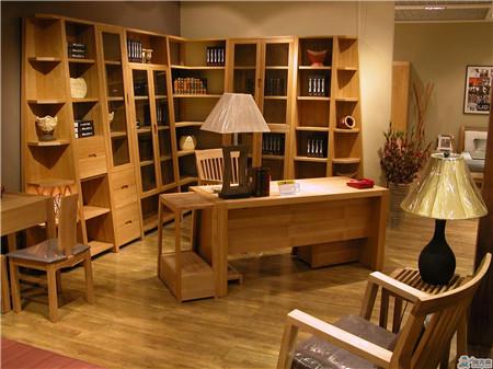 曲美实木家具怎么样  曲美实木家具款式推荐